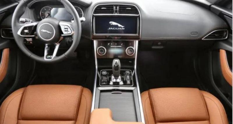 Jaguar XE R-Dynamic S D180 Gris occasion à Luxembourg - photo n°4