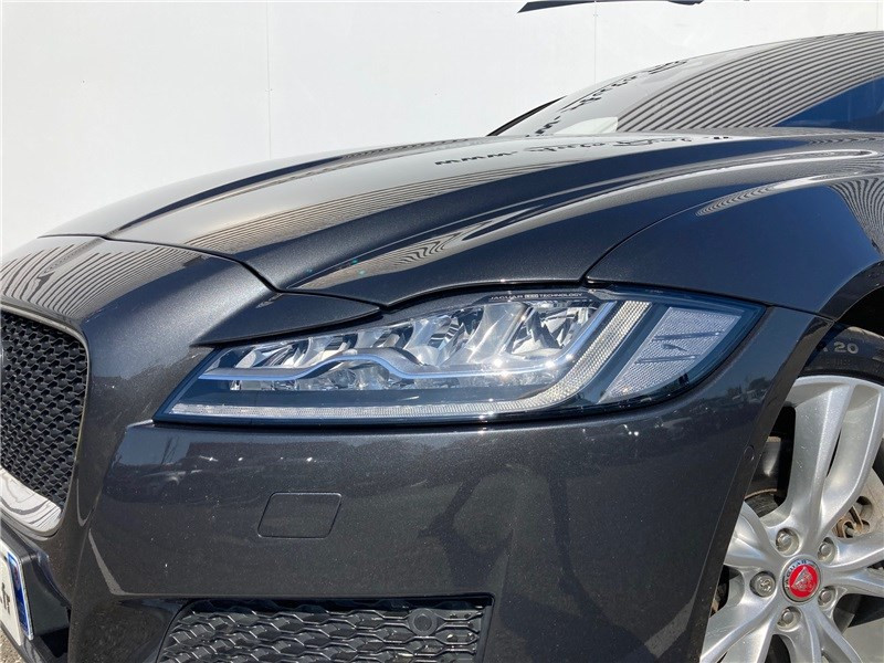 Jaguar XF 2.0 - 250 CH BVA Portfolio Gris occasion à MERIGNAC - photo n°16