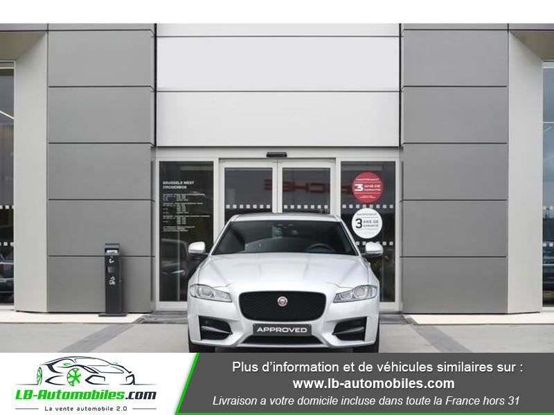 Jaguar XF 2.0 D 180 ch R-Sport Argent occasion à Beaupuy - photo n°8