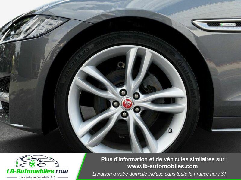 Jaguar XF 2.0 D 180 ch R-Sport Gris occasion à Beaupuy - photo n°5