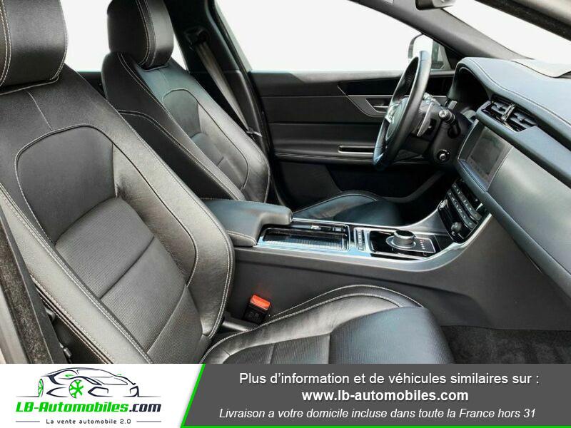 Jaguar XF 2.0 D 180 ch R-Sport Gris occasion à Beaupuy - photo n°14
