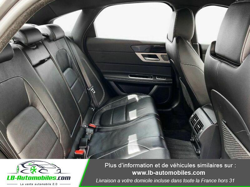 Jaguar XF 2.0 D 180 ch R-Sport Gris occasion à Beaupuy - photo n°18