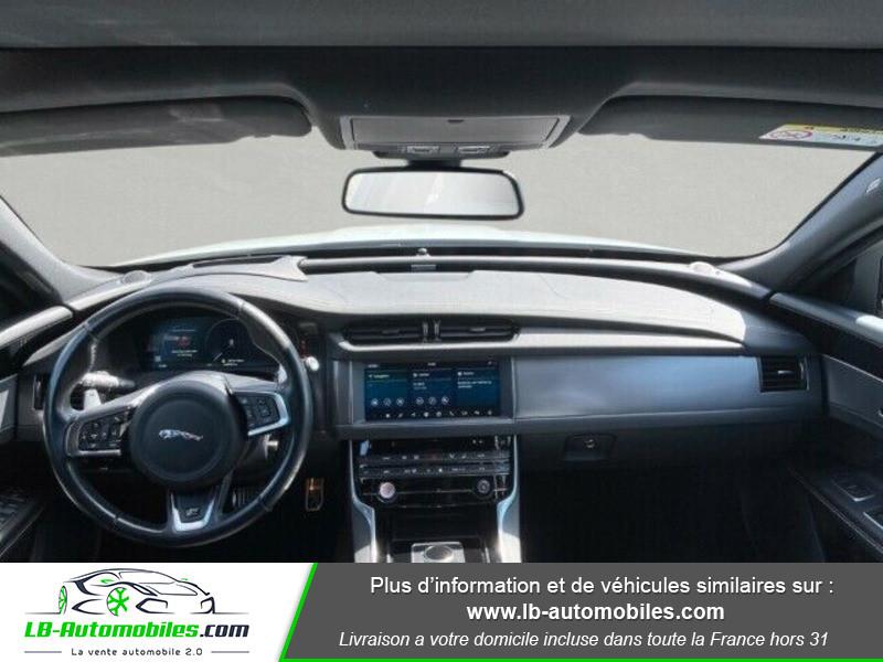 Jaguar XF 2.0 D 180 ch R-Sport Blanc occasion à Beaupuy - photo n°2