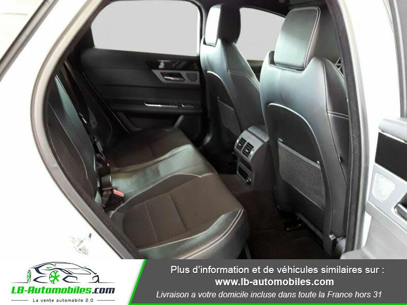 Jaguar XF 2.0 D 180 ch R-Sport Blanc occasion à Beaupuy - photo n°14