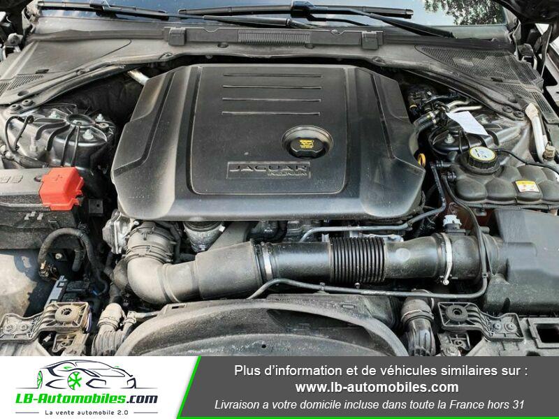 Jaguar XF 2.0 D 180 ch R-Sport Gris occasion à Beaupuy - photo n°9