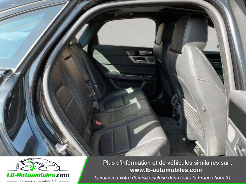 Jaguar XF 2.0 D 180 ch R-Sport Noir occasion à Beaupuy - photo n°9