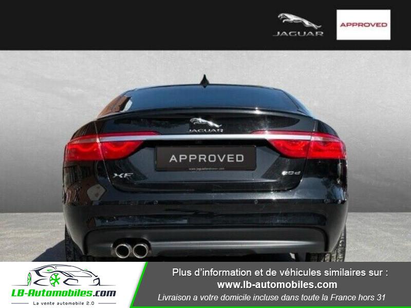 Jaguar XF 2.0 D 180 ch R-Sport Noir occasion à Beaupuy - photo n°6