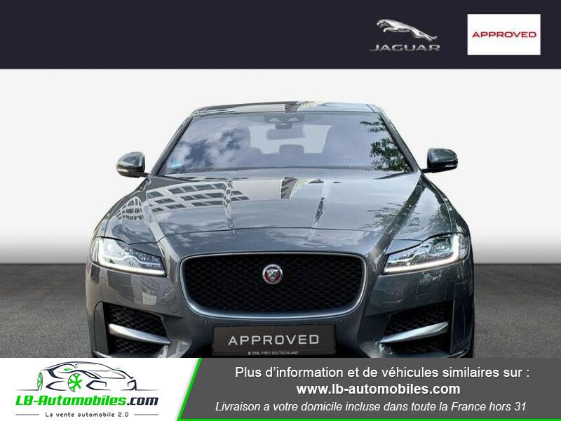 Jaguar XF 2.0 D 180 ch R-Sport Gris occasion à Beaupuy - photo n°7