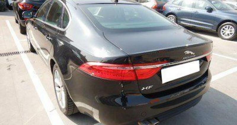 Jaguar XF 2.0 D 180 PRESTIGE BVA Noir occasion à CHANAS - photo n°2