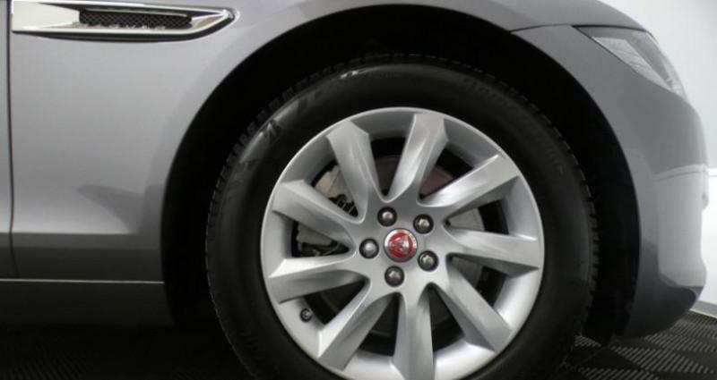 Jaguar XF 20d 180 Prestige Auto. Gris occasion à Petange - photo n°6