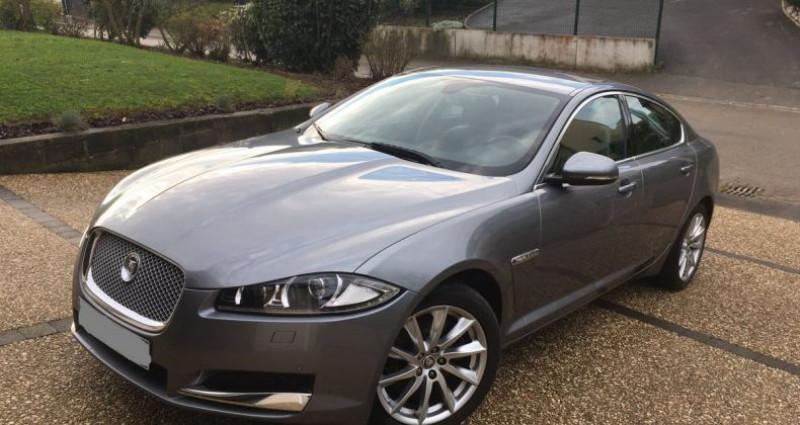 Jaguar XF luxury Gris occasion à Mudaison
