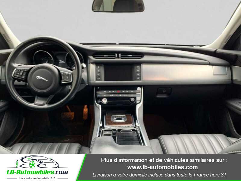 Jaguar XF V6 3.0 D - 300 ch BVA / Portfolio Noir occasion à Beaupuy - photo n°2