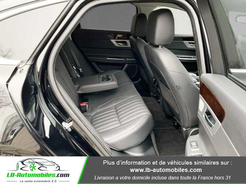 Jaguar XF V6 3.0 D - 300 ch BVA / Portfolio Noir occasion à Beaupuy - photo n°5