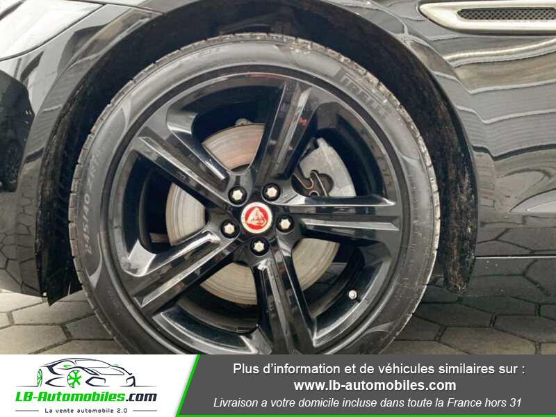 Jaguar XF V6 3.0 D - 300 ch BVA / Portfolio Noir occasion à Beaupuy - photo n°9