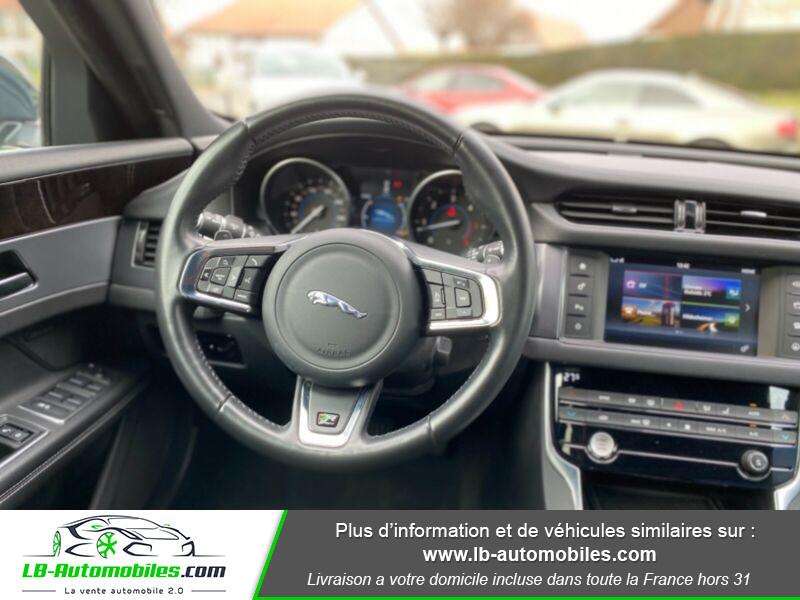 Jaguar XF V6 3.0 D - 300 ch Vert occasion à Beaupuy - photo n°6