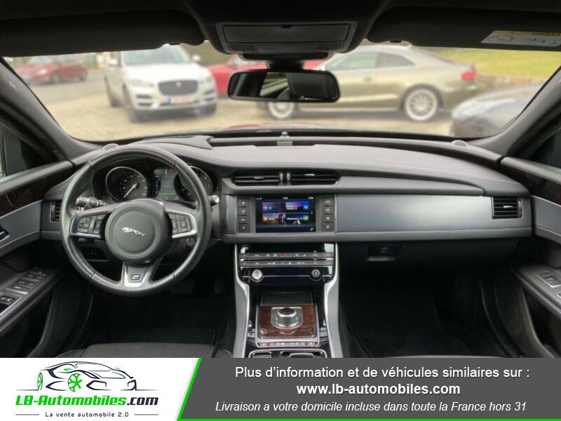 Jaguar XF V6 3.0 D - 300 ch Vert occasion à Beaupuy - photo n°2