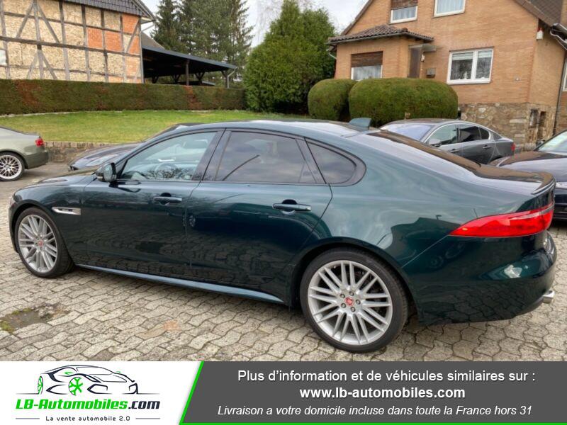 Jaguar XF V6 3.0 D - 300 ch Vert occasion à Beaupuy - photo n°3