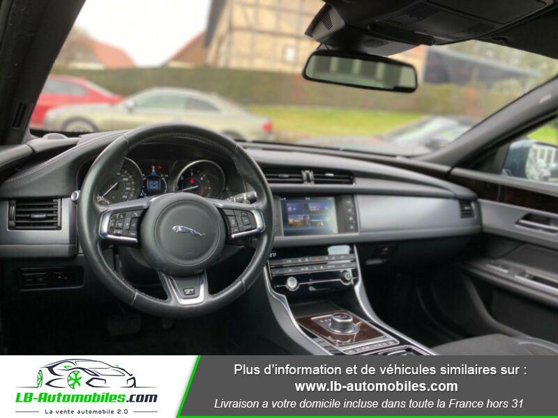 Jaguar XF V6 3.0 D - 300 ch Vert occasion à Beaupuy - photo n°4