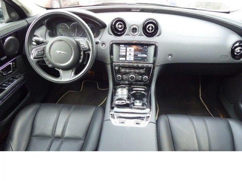 Jaguar XJ 3.0 AWD 340 ch Noir occasion à Beaupuy - photo n°2