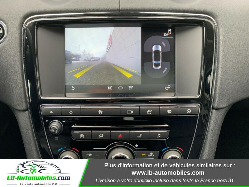 Jaguar XJ 3.0 D V6 300 ch Blanc occasion à Beaupuy - photo n°2