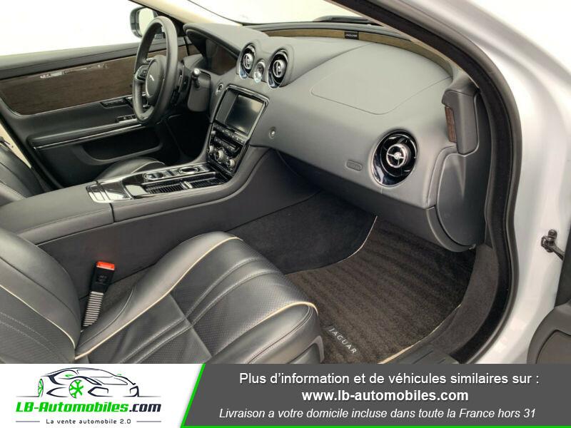 Jaguar XJ 3.0 D V6 300 ch Blanc occasion à Beaupuy - photo n°7