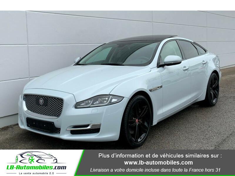 Jaguar XJ 3.0 D V6 300 ch Blanc occasion à Beaupuy
