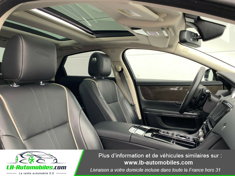 Jaguar XJ 3.0 D V6 300 ch Blanc occasion à Beaupuy - photo n°5