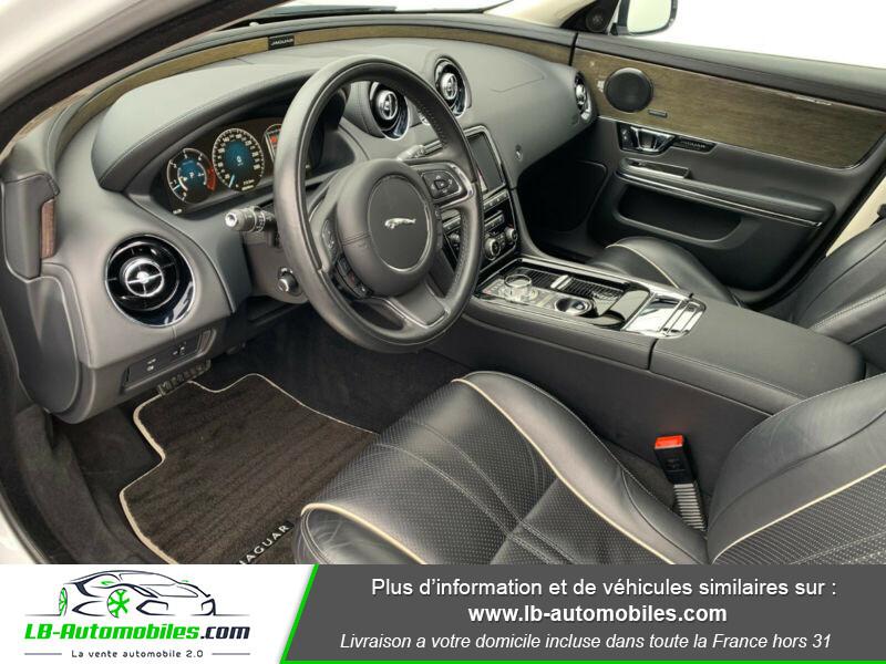 Jaguar XJ 3.0 D V6 300 ch Blanc occasion à Beaupuy - photo n°13