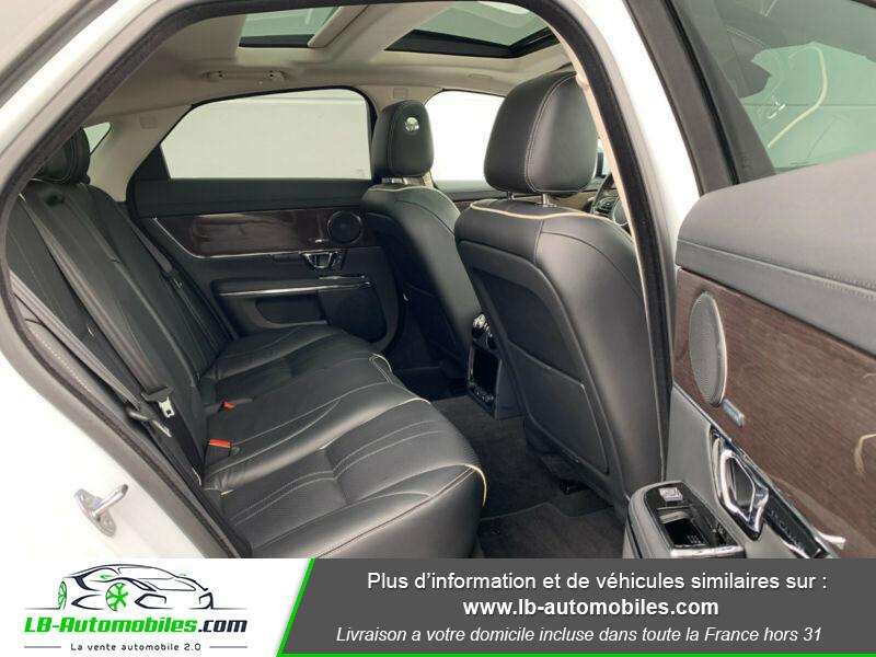 Jaguar XJ 3.0 D V6 300 ch Blanc occasion à Beaupuy - photo n°9
