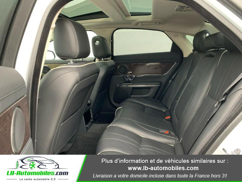 Jaguar XJ 3.0 D V6 300 ch Blanc occasion à Beaupuy - photo n°10