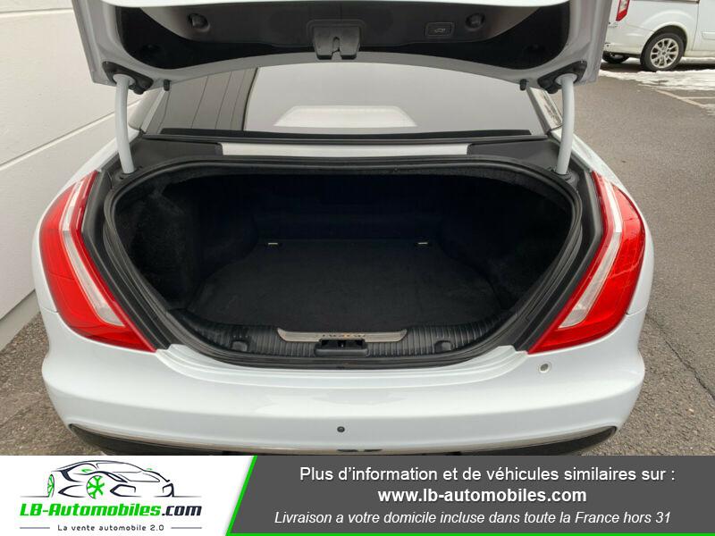 Jaguar XJ 3.0 D V6 300 ch Blanc occasion à Beaupuy - photo n°12