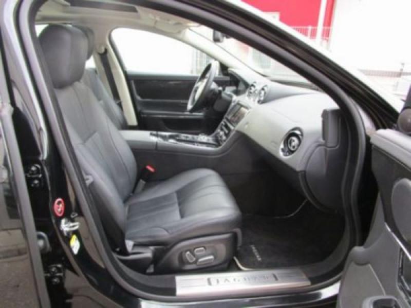 Jaguar XJ 3.0 d V6 Noir occasion à Beaupuy - photo n°5