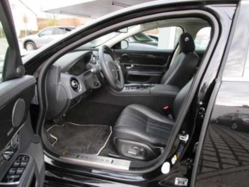 Jaguar XJ 3.0 d V6 Noir occasion à Beaupuy - photo n°3