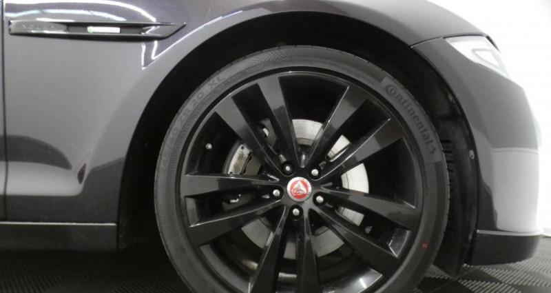 Jaguar XJ 3.0d 300ch R-Sport Noir occasion à Luxembourg - photo n°6