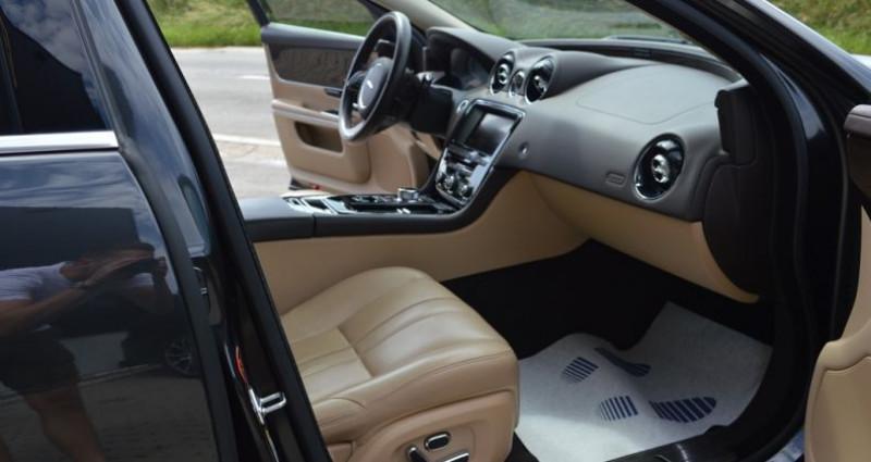 Jaguar XJ V6 3.0 - 275 ch Luxe 51.000 km ! Superbe ?tat ! Gris occasion à Lille - photo n°6