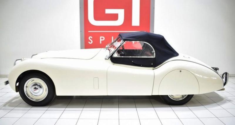 Jaguar XK 120 Roadster Blanc occasion à La Boisse - photo n°3
