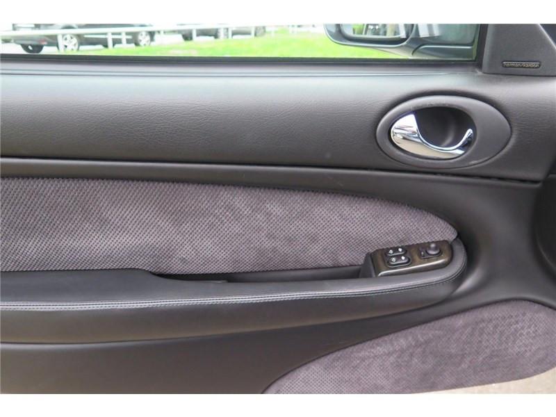 Jaguar XK8 4.0I V8 Coupé Gris occasion à LABEGE CEDEX - photo n°11
