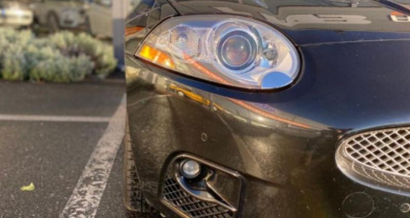 Jaguar XK8 4.2 V8 416 R PORTFOLIO BVA Noir occasion à Grezac - photo n°5