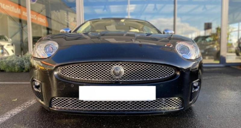 Jaguar XK8 4.2 V8 416 R PORTFOLIO BVA Noir occasion à Grezac - photo n°2
