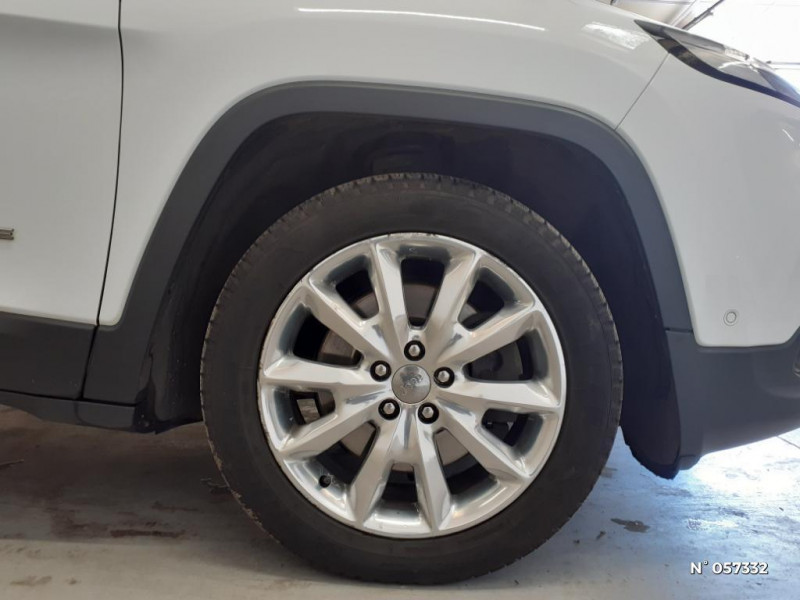 Jeep Cherokee 2.0 MultiJet 140ch Limited S/S Blanc occasion à Eu - photo n°9
