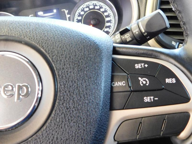 Jeep Cherokee 2.2 MultiJet 185ch Longitude Executive Active Drive I BVA S/ Noir occasion à Castres - photo n°9