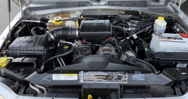Jeep Cherokee KJ 3.7 L V6 211 CV BVA Limited Gris occasion à MONISTROL SUR LOIRE - photo n°7