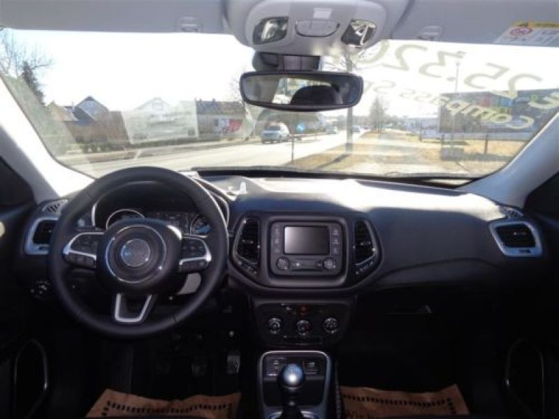 Jeep Compass 1.4 MultiAir 140 ch Argent occasion à Beaupuy - photo n°2