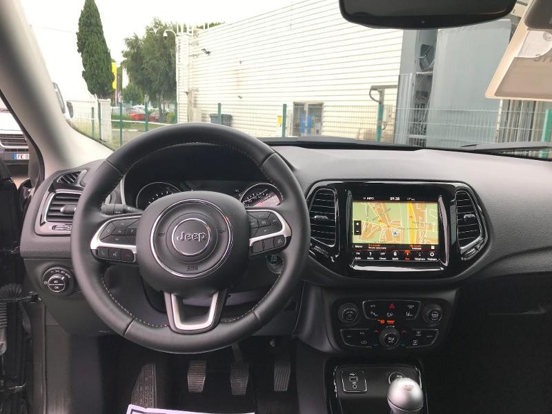 Jeep Compass 1.4 MultiAir II 140ch Limited 4x2 Euro6d-T  occasion à Toulouse - photo n°17