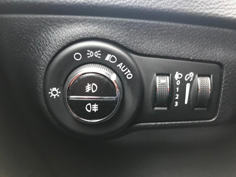 Jeep Compass 1.4 MultiAir II 140ch Limited 4x2 Euro6d-T  occasion à Toulouse - photo n°7