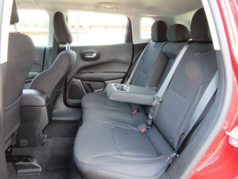 Jeep Compass 1.6 MultiJet 120 ch Rouge occasion à Beaupuy - photo n°5