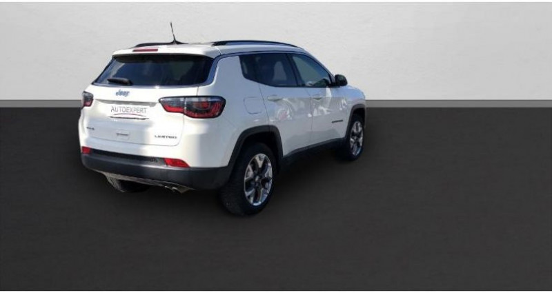 Jeep Compass 2.0 MultiJet II 140ch Limited 4x4 Blanc occasion à BEAUVAIS - photo n°2