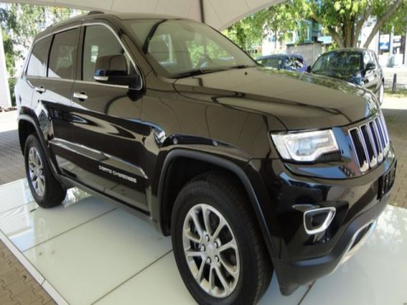 Jeep Grand Cherokee 3.0 CRD Limited 250 ch Noir occasion à Beaupuy - photo n°7