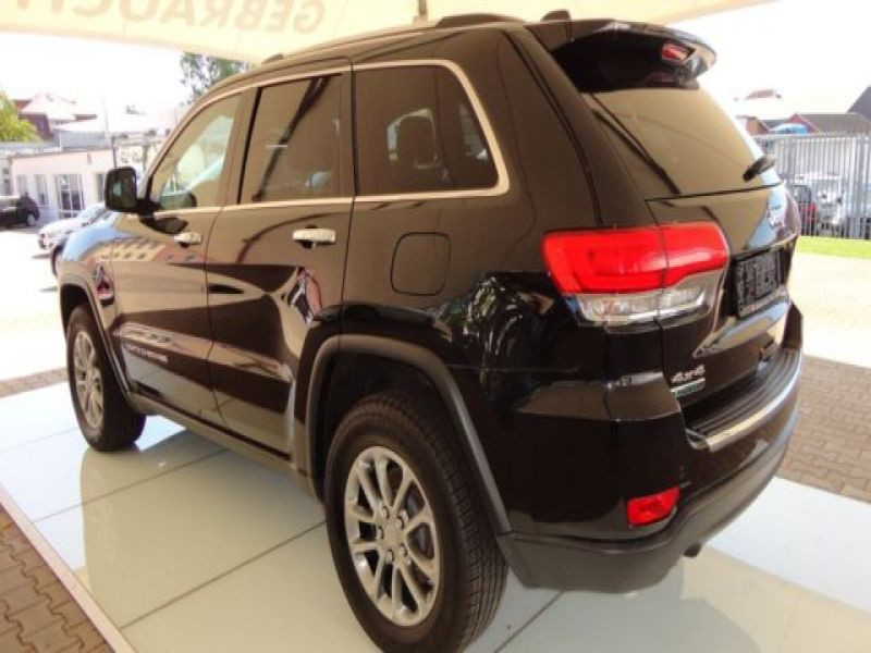 Jeep Grand Cherokee 3.0 CRD Limited 250 ch Noir occasion à Beaupuy - photo n°8
