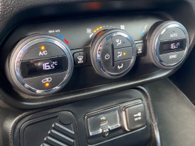 Jeep Renegade 1.4 I MULTIAIR S&S 140 CH LONGITUDE BUSINESS Gris occasion à Biganos - photo n°4